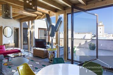 19-12-02-Va Bel appartement dans la médina 140m² terrain 200 m² Vue sur la mer