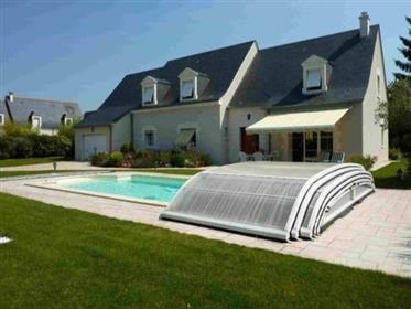 St Cyr s/Loire - Demeure Touragelle de 268 m²