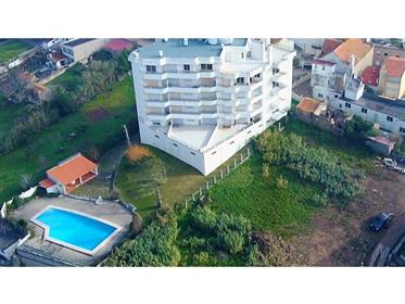 Apartamento T1 em condomínio fechado