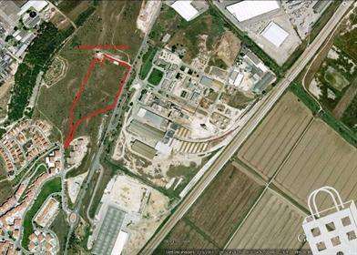 Terreno de 28.000 m2 na zona do Forte da Casa/Póvoa de Santa Iria, contíguo ao posto de co