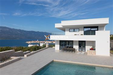 Luksuzna vila s 5 zvjezdica, bazenom i panoramskim pogledom na more, Vinjerac