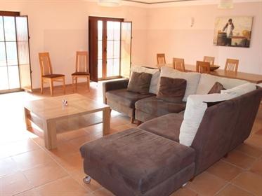 Moradia T6 com piscina em São Brás de Alportel