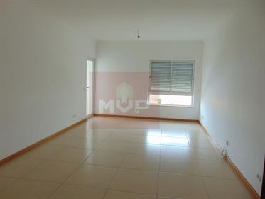 Apartamento T2 novo em Faro