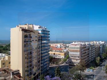 Apartamento T3 em Faro