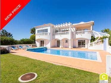 Villa elegante com vistas excepcionais, Algarve