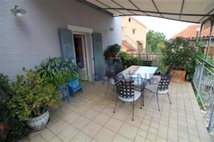 Kuća : 400 m²