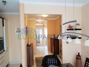 Nicely decorated apartment near the center of Split, Plokite This beautiful and sunny apar