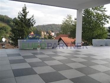 Maison : 286 m²