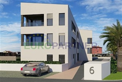 Modern apartment with sea view in construction phase, Novigrad This beautiful modern apart