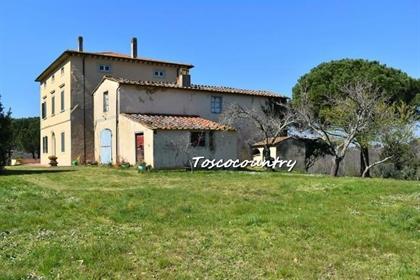 Villa singola in vendita a Fauglia, da rivedere - Rif. Axm04