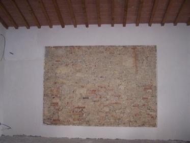 Colonica in vendita a Lorenzana Crespina Lorenzana, in ottim...
