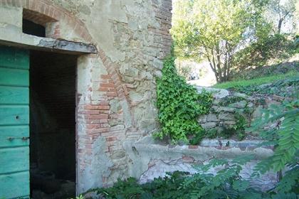Colonica in vendita a Peccioli, da ristrutturare - Rif. Awm03