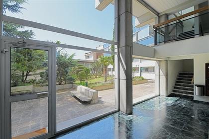 Amidonniers - T6 de 162 m2 - Balcon et parking - vue dégagée
