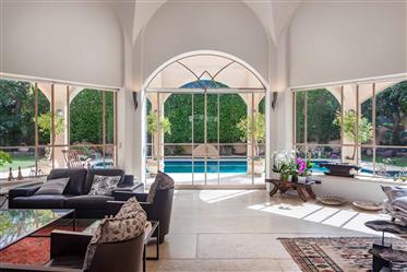 Haus: 450 m²