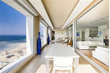 Wohnung: 170 m²