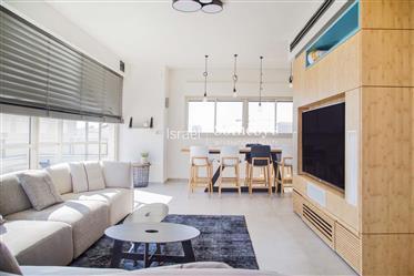 Modern Apartment Near Rothschild Blvd.