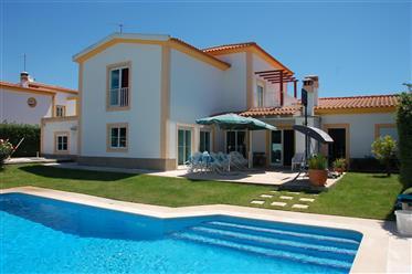Moradia V5 (com 2 suites)