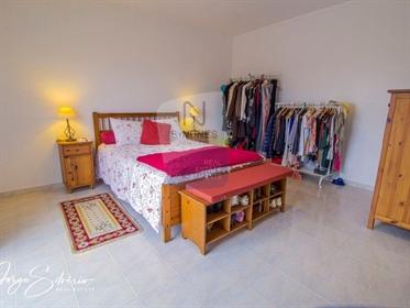 Avez-Vous déjà imaginé vivre dans une villa située à Ericeira, à environ 50 km de Lisbonne