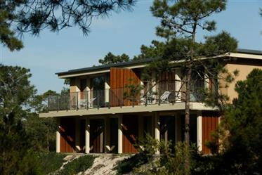 Condomínio fechado em plena Reserva Natural com 2 Km de praia virgem