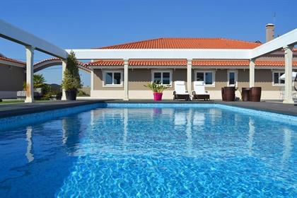 Excepcional moradia de campo T5 com piscina