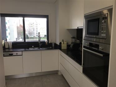 Apartamento T3 à venda, Senhora do Porto, Ramalde - Porto
