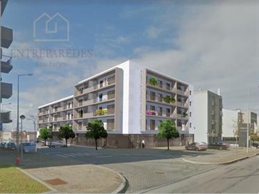 Apartamento T3 com varandas e lugar de garagem em Vila do Conde Porto › Vila do Conde