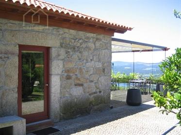 Moradia T2 com jardim privativo 218m2 em condomínio fechado Vila Nova de Cerveira › Vila Nova de Cer