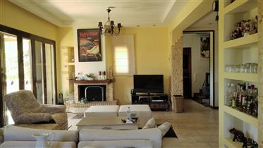 Υπέροχη μονοκατοικία στον Άγιο Νικόλαο Αρτέμιδας