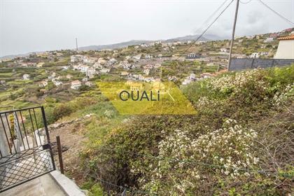 Rustikales Land von 3132m2, in Ribeira Brava gelegen, €220.000,00