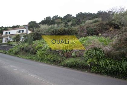 477M2 Land, Located in Porto Moniz - €26,500.00