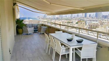 Sea-View Penthouse - North Jaffa