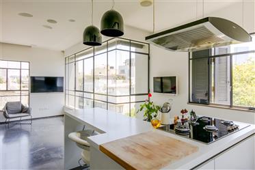 Appartement: 186 m²