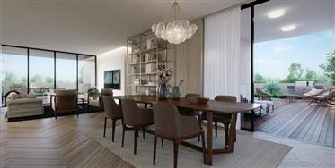 Seaview Penthouse In Luxury Project
