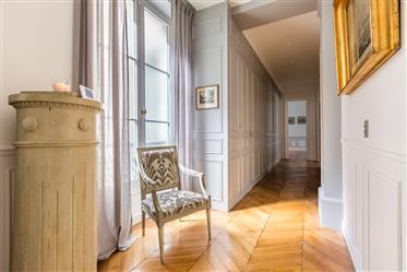 Appartement 130m2, 2 chambres, vue dégagée