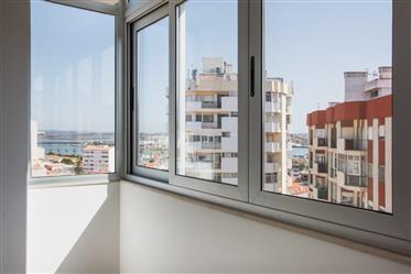 Apartamento T2 renovado - Avenida 25 de Abril - Portimão