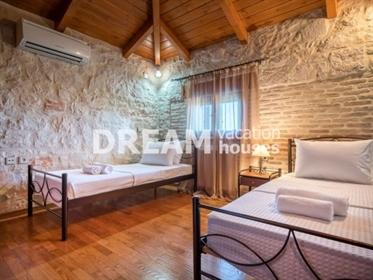 (Προς Πώληση) Κατοικία Βίλα    Ν. Ζακύνθου/Αλυκές - 222 τ.μ, 3 Υ/Δ, 480.000€