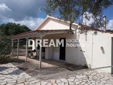 (Προς Πώληση) Κατοικία Μονοκατοικία || Ν. Ζακύνθου/Ελάτιο - 110 τ.μ, 2 Υ/Δ, 300.000€