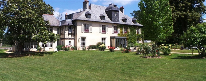 Aux portes de Rennes propriété de 3 Hectares