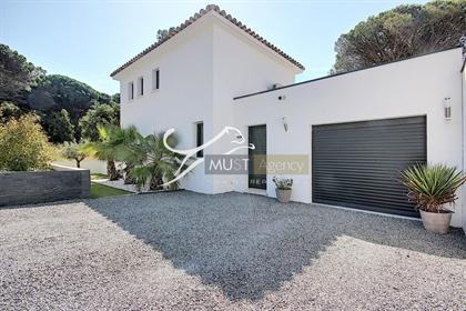 Villa Valescure proche Golfs