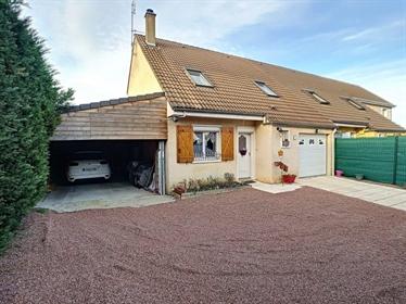 Maison traditionnelle de 100m2 sans vis à vis, avec un jardin d