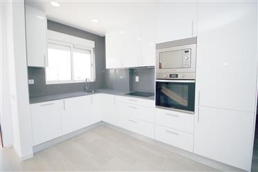 Apartamento T2 Remodelado em Albufeira, Algarve