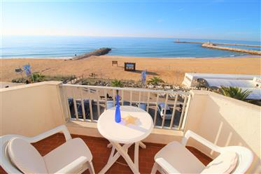 Appartement T2 Frente Mar à Quarteira, Algarve