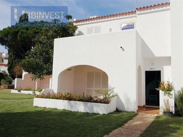 Moradia T2 Duplex no Centro de Vilamoura, Algarve