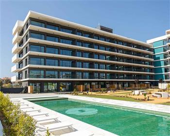 Apartamento T3 em condomínio de luxo em Faro, Algarve
