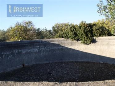 Terreno com ruína para reconstruir em Santa Barbara de Nexe, Algarve - Propriedades Imóveis Urbinves
