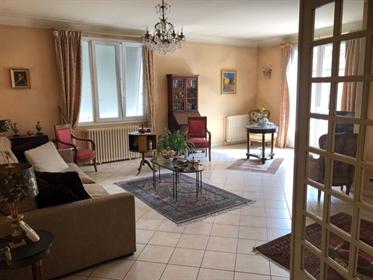 Maison T5 177m² Agen centre avec jardin