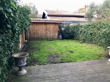 Bordeaux Labottière, belle maison pierre, jardin sud