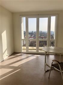 Bordeaux Caudéran centre, appartement avec balcon