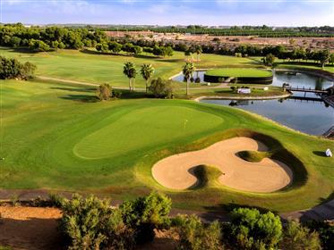 Villa en 1ere ligne de golf à vendre ✅ avec vue sur la mer d...