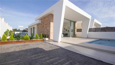 Belle maison moderne ✅ de plain pied à Torrevieja ✅ Quartier la Torreta
